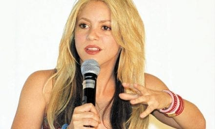 Shakira dona 15 millones para los damnificados en Haití