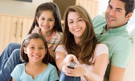El Ministerio de Inmigración revocará algunas de las condiciones impuestas a los residentes por patrocinio familiar.