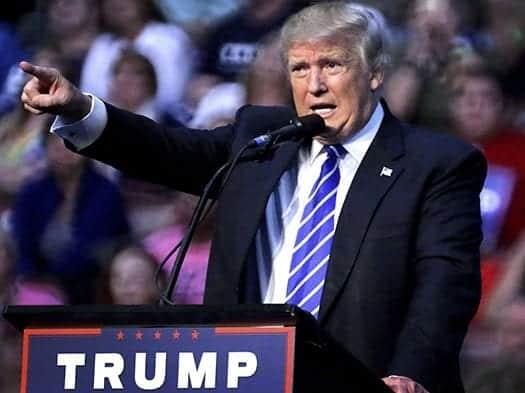 Trump rebasa a Clinton por un punto en un sondeo a siete días de los comicios