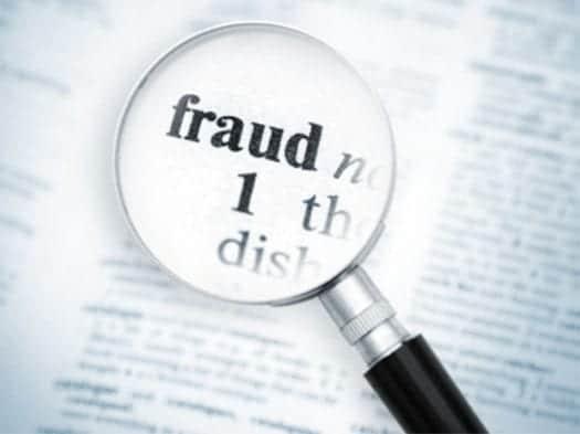 revocatoria de estatus por fraude es una realidad