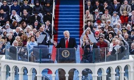 """Trump promete devolver el poder al """"pueblo"""" y poner a EE.UU. """"primero"""""""