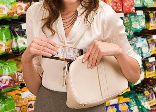 Las cámaras ocultas revelan sistemas de robar en tiendas