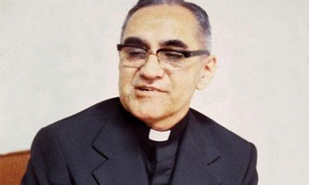La Iglesia salvadoreña enviará al Vaticano la investigación de un milagro de Romero