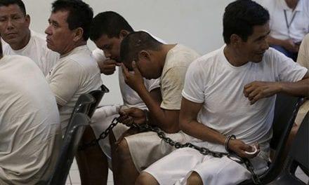 La Fiscalía salvadoreña dice que la red ligada a la MS13 lavó casi 2 millones de dólares