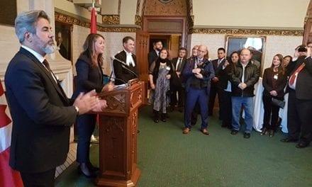 El Parlamento Federal ofreció una recepción a la comunidad Hispano / latinoamericana
