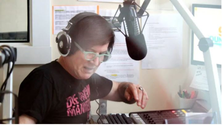 Bobby Gale, celebre locutor de radio de Ontario, falleció el sábado luego de ser atropellado