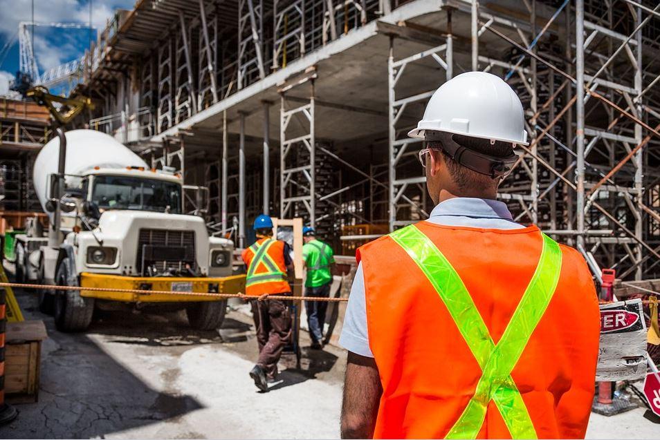Nuevo programa piloto otorgará estatus migratorio a trabajadores de construcción en el GTA