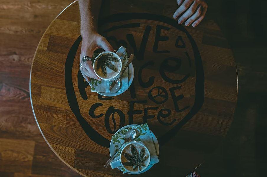 El gobierno de Ontario considera que los lounge y cafés de cannabis son parte del futuro mercado abierto