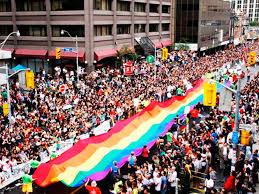 Latinoamericanos canadienses presentes en el Mes del Orgullo de Toronto