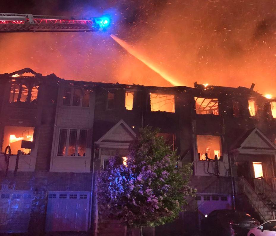 Hubo dos incendios masivos en Hamilton y Richmond Hill entre ayer y hoy